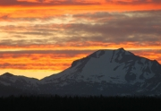 img_2553-01-volcano-on-fire-lassen-davies